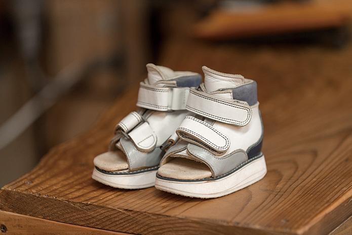 靴logi