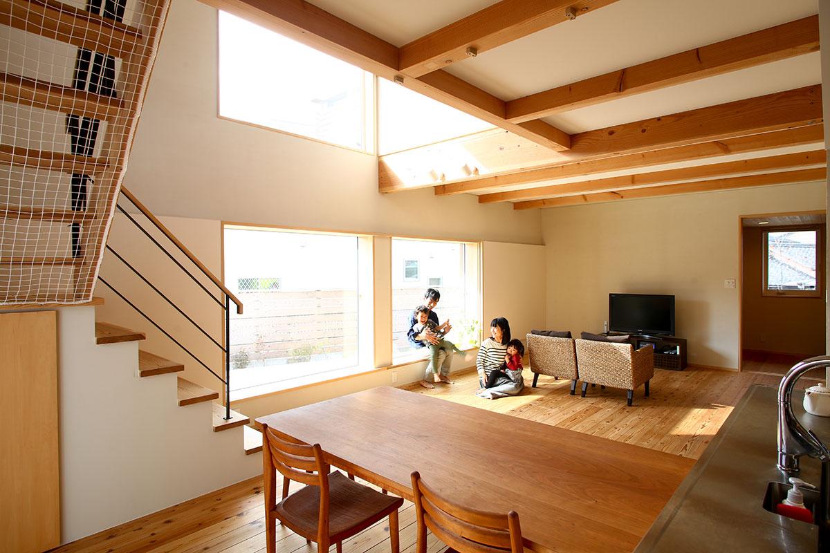 【暮らしの写真集】<br>木の家ならではの心地よさと経年変化を愉しめる家